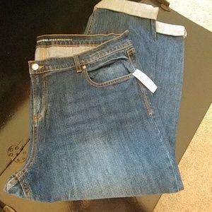 Cute cropped boyfriend jeans 16P